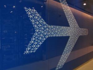 bangkok-terminal 21-blue airplane-2011