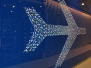 bangkok-terminal 21-blue airplane-2011