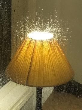 img_2767-hn-maison-dorient-hotel-shower-light