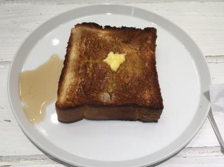 12 maple syrup toast