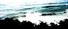 vn-journey-crashing sea