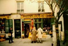 paris-shakespeare bookstore 2000